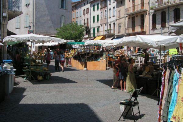 Street market in Les Vans